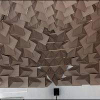 MUTIST BELL | 2011 | Site-specific installatie, karton, hout, synthesizers, quadrophonic geluid, blacklight, flitslicht, oxazepam