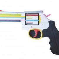 Revolver, 2013, geverfd hout op paneel,  70x100 cm
